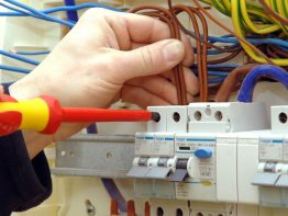 emergency-electrician builditsmart.co.uk